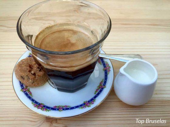 Les Filles café