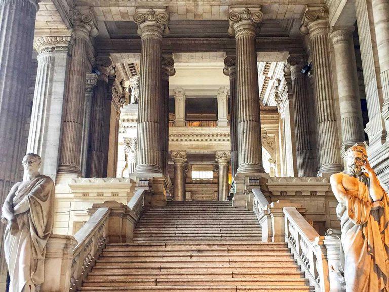 Palacio de justicia de Bruselas, majestuoso e imprescindible