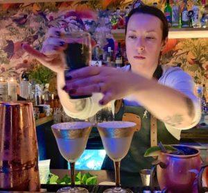 Edgars Flavors celebrando la amistad eterna en Ixelles Tania