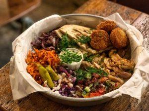 Plato de comida sirio libanesa