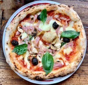 Restaurantes informales La Pizza é bella