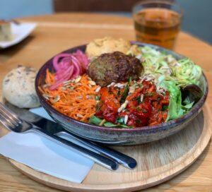 Restaurantes informales Super bowl saladbar